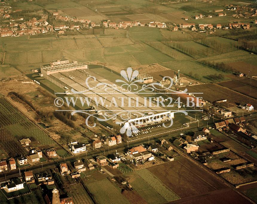 Februari 1972. Koekjesfabriek Parein in Beveren.