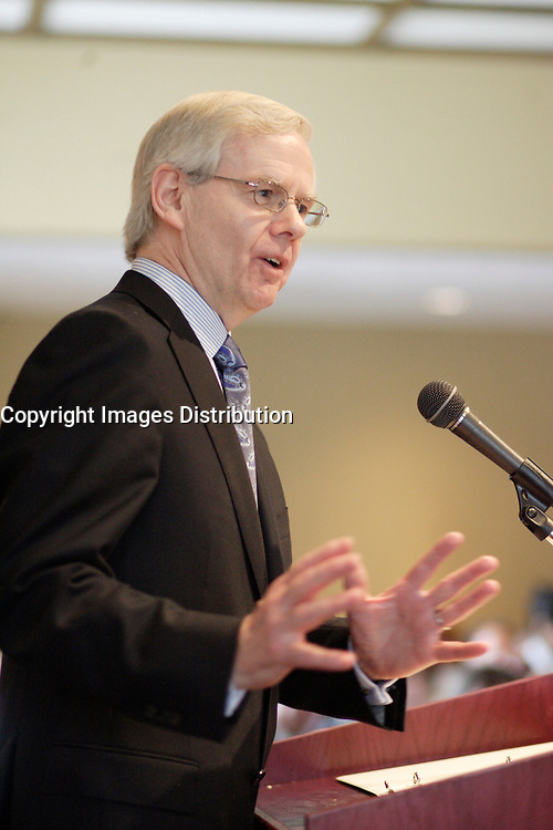 Montreal (QC) CANADA, May 28, 2007<br /> <br /> Donald A. Stewart, Chief Executive Officer of Sun Life Financial, at the Canadian Club of Montreal's podium.<br /> <br /> In March 2000, Mr. Stewart led the successful demutualization of Sun Life<br /> Assurance Company of Canada. He has since grown the parent company, Sun Life<br /> Financial Inc., through acquisitions in Canada, the United States and Hong<br /> Kong.<br /> photo : (c) ¨Pierre Roussel -  images Distribution