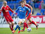 St Johnstone v Aberdeen...23.08.14  SPFL<br /> Michael O'Halloran goes past Willo Flood<br /> Picture by Graeme Hart.<br /> Copyright Perthshire Picture Agency<br /> Tel: 01738 623350  Mobile: 07990 594431