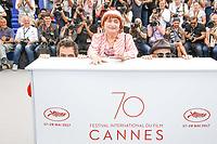 Matthieu CHEDID - M -, Agnes VARDA et JR en photocall pour le film VISAGES, VILLAGES hors competition lors du soixante-dixiËme (70Ëme) Festival du Film ‡ Cannes, Palais des Festivals et des Congres, Cannes, Sud de la France, vendredi 19 mai 2017. Philippe FARJON / VISUAL Press Agency