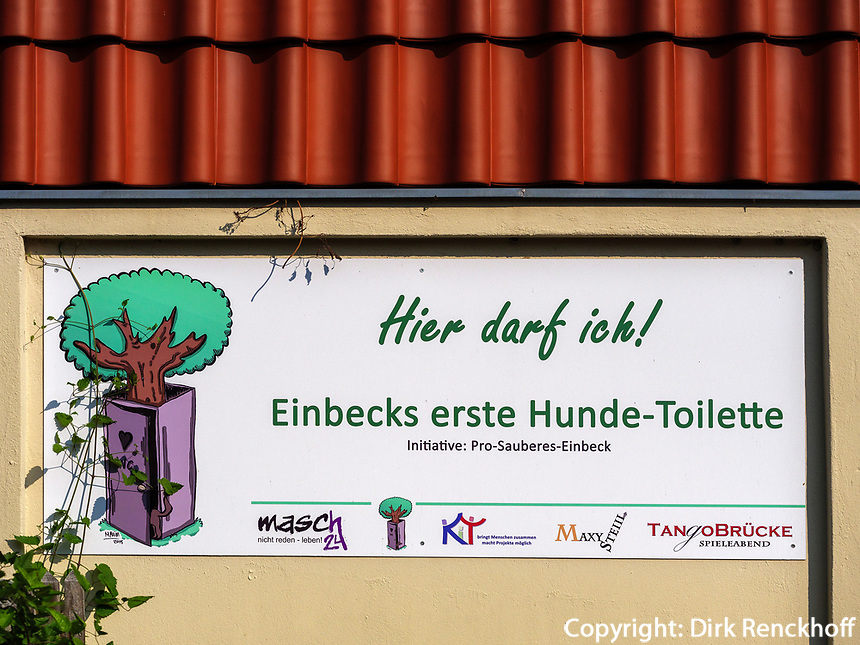 Hunde-Toilette in Einbeck, Niedersachsen, Deutschland, Europa<br /> dogs toilet in Einbeck, Lower Saxony, Germany, Europe