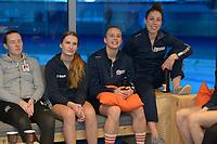 IJSHOCKEY: HEERENVEEN: 10-12-2019, IJsstadion Thialf, Nederlands dames IJshockey Team, ondertekening contract ondertekening (TEAMKPN Sportfonds), ©foto Martin de Jong