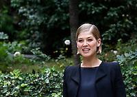 """L'attrice inglese Rosamund Pike posa durante un photocall per la presentazione del film """"L'amore bugiardo"""" a Roma, 12 settembre 2014.<br /> British actress Rosamund Pike poses during a photocall for the presentation of the movie """"Gone Girl"""" in Rome, 12 September 2014.<br /> UPDATE IMAGES PRESS/Riccardo De Luca"""