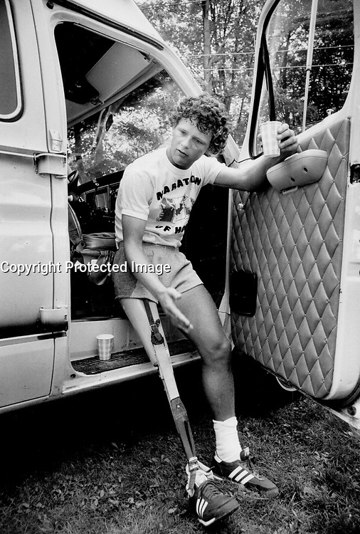 Cancer research activist and runner Terry Fox<br /> <br /> Photo : Boris Spremo - Toronto Star archives - AQP