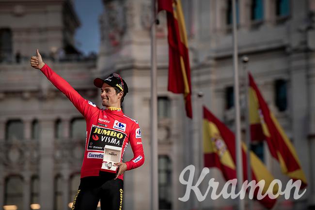 red jersey (overall leader) Primoz Roglic (SVK/Jumbo-Visma) celebrates his first ever Grand Tour win<br /> <br /> Stage 21: Fuenlabrada to Madrid (107km)<br /> La Vuelta 2019<br /> <br /> ©kramon