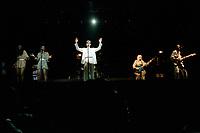 Talking Heads<br /> en spectacle le 3 aout 1983, au Stade Olympique<br /> <br /> <br /> PHOTO : Agence Quebec Presse