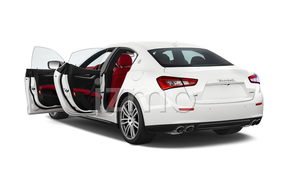 Car images of a 2014 Maserati Ghibli Base 4 Door Sedan Doors