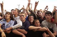 NOFX. Warped Tour. 06/22/2002, 6:34:37 PM<br />