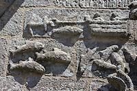 France, Bretagne, (29), Finistère, Cap Sizun: Confort-Meilars: L'église , détail bas relief