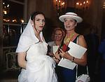 ALESSANDRA DI SANZO ED ELSA MERTINELLI<br /> SFILATA CURIEL - GRAND HOTEL ROMA 1993