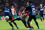 Gelson Martins (C) of Atletico de Madrid battles for the ball with Dalbert Henrique (R) and Yann Karamoh of FC Internazionale during their International Champions Cup Europe 2018 match between Atletico de Madrid and FC Internazionale at Wanda Metropolitano on 11 August 2018, in Madrid, Spain. Photo by Diego Souto / Power Sport Images