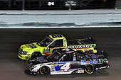 #4: Todd Gilliland, Kyle Busch Motorsports, Toyota Tundra Mobil 1, #88: Matt Crafton, ThorSport Racing, Ford F-150 Ideal Door/Menards