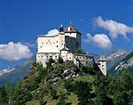 Schweiz, Graubuenden, Unterengadin, Schloss Tarasp    Switzerland, Graubuenden, Lower Engadin, Castle Tarasp