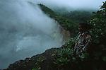 Boiling Lake (66 m in diameter, 64 m deep), one of the two natural boiling lake on earth<br /> Boiling Lake (66 m de diamètre, 64 m de profondeur), deuxième plus grand lac bouillonnant au monde dans le parc national de Morne Trois Pitons. Ile de la Dominique.
