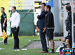 Partick Thistle v St Johnstone…10.09.16..  Firhill  SPFL<br />A smile from saints manager Tommy Wright and a glum looking Alan Archibald<br />Picture by Graeme Hart.<br />Copyright Perthshire Picture Agency<br />Tel: 01738 623350  Mobile: 07990 594431