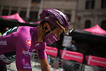 Maglia Ciclamino Peter Sagan (SVK) Bora-Hansgohe arrives at sign on before the start of Stage 11 of the 2021 Giro d'Italia, running 162km from Perugia to Montalcino, (Brunello di Montalcino Wine Stage), Italy. 19th May 2021.  <br /> Picture: LaPresse/Gian Mattia D'Alberto | Cyclefile<br /> <br /> All photos usage must carry mandatory copyright credit (© Cyclefile | LaPresse/Gian Mattia D'Alberto)