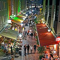 Vida noturna. Bares e restaurantes em Dresden. Alemanha. 2011. Foto de Juca Martins.