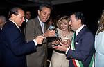 SILVIO BERLUSCONI CON FRANCESCO RUTELLI , PAOLA COMIN E ALBERTO SORDI<br /> GLI 80 ANNI DI ALBERTO SORDI <br /> NOMINATO PER L'OCCASIONE SINDACO DI ROMA PER UN GIORNO - 15 GIUGNO 2000