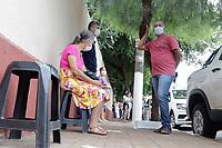 Serrana (SP), 17/02/2021 - Projeto S-SP - Fila em frente da escola Escola Municipal Professora Maria Celina Walter de Assis no município de Serrana, na região de Ribeirão Preto, nesta quarta-feira (17). A partir de hoje o Instituto Butantan pretende vacinar cerca de 30 mil moradores acima de 18 anos do município de Serrana contra o novo coronavírus, em caráter de estudo clínico.