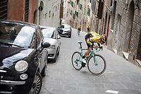 a goofy Wout Van Aert (BEL/Jumbo-Visma) re-enacting his most famous (road)cycling moment at the very spot it happened!<br /> <br /> Team Jumbo-Visma race reconnaissance (with Wout Van Aert) 1 day prior to the 13th Strade Bianche 2019 (1.UWT)<br /> One day race from Siena to Siena (184km)<br /> <br /> ©kramon