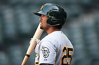 Oakland Athletics outfielder Robert Martinez (25) during an Instructional League game against the Arizona Diamondbacks on October 10, 2014 at Chase Field in Phoenix, Arizona.  (Mike Janes/Four Seam Images)