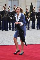 NICOLE BRICQ - FRANCOIS HOLLANDE ET SA COMPAGNE VALERIE TRIERWEILER ACCUEILLENT LE PRESIDENT DE LA REPUBLIQUE DE POLOGNE SON EXCELLENCE BRONISLAW KOMOROWSKI ET SA FEMME ANNA KOMOROWSKA POUR UN DINER D'ETAT AU PALAIS DE L'ELYSEE A PARIS LE 7 MAI 2013