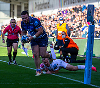3rd October 2021; AJ Bell stadium, Eccles, Greater Manchester, England: Gallagher Premiership Rugby, Sale v Exeter ; Ewan Ashman of Sale Sharks runs in a try