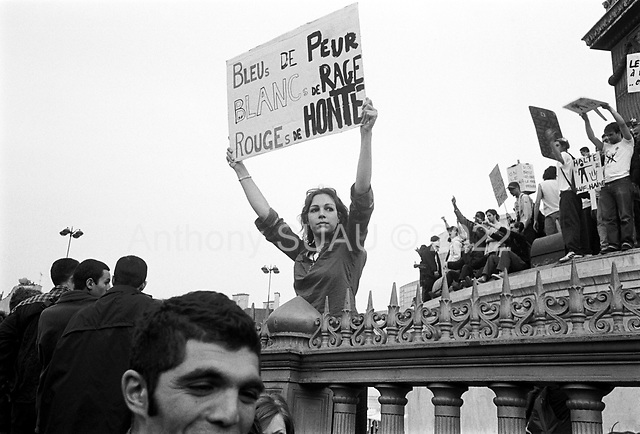 Paris, France  .April 22, 2002..Demonstrators take to the streets of Paris to protest the high voter percentage for Jean-Marie Le Pen the leader of the National Front, an extreme right wing political party...They march from Place de la Republic to the  Bastille.