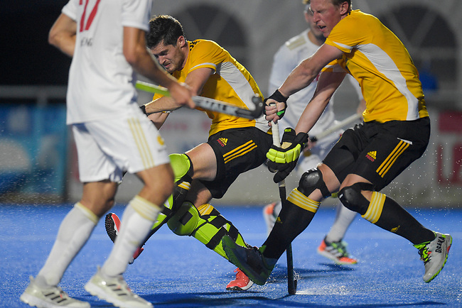 Krefeld, Germany, August 27: During the men quarterfinal fieldhockey match between Rot-Weiss Koeln and Harvestehuder THC on August 27, 2021 at the 1. Liga-Cup at Crefelder HTC in Krefeld, Germany. (Photo by Dirk Markgraf / www.265-images.com) *** Local caption ***