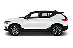 Car Driver side profile view of a 2021 Volvo XC40 R-Design 5 Door SUV Side View
