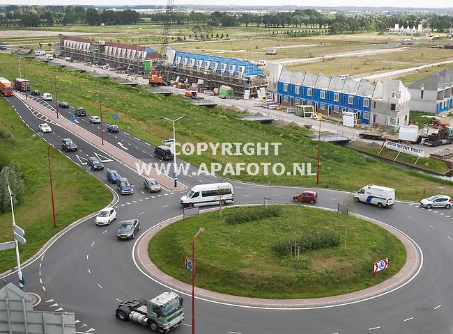 Veenendaal, 210610<br /> Nieuwbouwwijk Veenendaal Oost. In plaats van 'de Plek van je leven' krijgt de bouw al de bijnaam 'de Geluidsplek van je leven'...<br /> Foto: Sjef Prins - APA Foto<br /> vrije aanlevering - onderschrift komt via APA Tekst