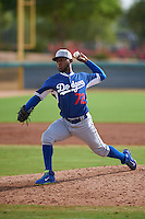 Los Angeles Dodgers pitcher Leonardo Crawford (72) during an instructional league game against the Cincinnati Reds on October 20, 2015 at Cameblack Ranch in Glendale, Arizona.  (Mike Janes/Four Seam Images)