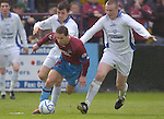 19th May, 2006 Eircom League Soccer - Drogheda United v Waterford United at O2 park, Drogheda..Declan O'Brien in action for Drogheda United..Photo:Barry Cronin/Newsfile.