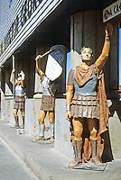 "Las Vegas: Caesar's Palace--""Roman"" figures. Photo '79."