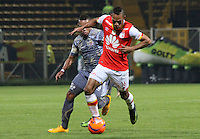 BOGOTA -COLOMBIA, 1-03-2017. Johan Munoz(L)  player of Tigres Fc fights the ball agaisnt Anderson Plata (R) palyer of Santa Fe .  Action game between  Tigres FC  and Santa Fe during match for the date 7 of the Aguila League I 2017 played at Metropolitano de Techo stadium . Photo:VizzorImage / Felipe Caicedo  / Staff