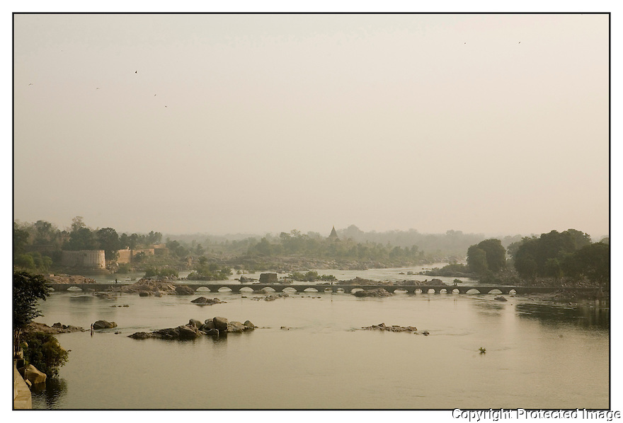 Inde<br /> Orcha<br /> Rivière Betwa