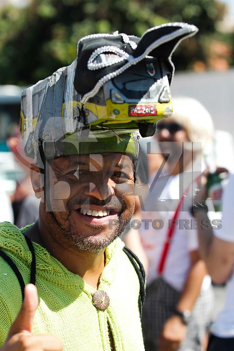 BELO HORIZONTE,MG, 06.02.2016 – CARNAVAL-BH- Bloco Então Brilha, desfila na rua Guaicurus,, no centro da cidade de Belo Horizonte, neste sábado, 06. (Foto: Doug Patrício/Brazil Photo Press)