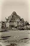 Dhammayazika Pagoda, Bagan, Burma