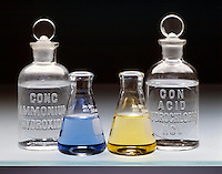 ACID BASE INDICATOR<br /> Bromothymol Blue<br /> Addition of NH4OH to solution raises pH above 7 and indicator turns blue.  Addition of HCl to solution lowers pH below 7 and indicator turns yellow.