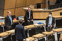 """Plenarsitzung des Berliner Abgeordnetenhaus am Donnerstag den 30. April 2020.<br /> Im Bild vlnr.: Carsten Ubbelohde; Tommy Tabor (von hinten); Franz Kerker; Marc Vallendar (mit Maske), Abgeordnete der sog. """"Alternative fuer Deutschland"""".<br /> 30.4.2020, Berlin<br /> Copyright: Christian-Ditsch.de<br /> [NUR FUER REDAKTIONELLE ZWECKE! Werbung nur auf Anfrage beim Fotografen. Inhaltsveraendernde Manipulation des Fotos nur nach ausdruecklicher Genehmigung des Fotografen. Vereinbarungen ueber Abtretung von Persoenlichkeitsrechten/Model Release der abgebildeten Person/Personen liegen nicht vor. NO MODEL RELEASE! Don't publish without copyright Christian-Ditsch.de, Veroeffentlichung nur mit Fotografennennung, sowie gegen Honorar, MwSt. und Beleg. Konto: I N G - D i B a, IBAN DE58500105175400192269, BIC INGDDEFFXXX, Kontakt: post@christian-ditsch.de<br /> Bei der Bearbeitung der Dateiinformationen darf die Urheberkennzeichnung in den EXIF- und  IPTC-Daten nicht entfernt werden, diese sind in digitalen Medien nach §95c UrhG rechtlich geschuetzt. Der Urhebervermerk wird gemaess §13 UrhG verlangt.]"""