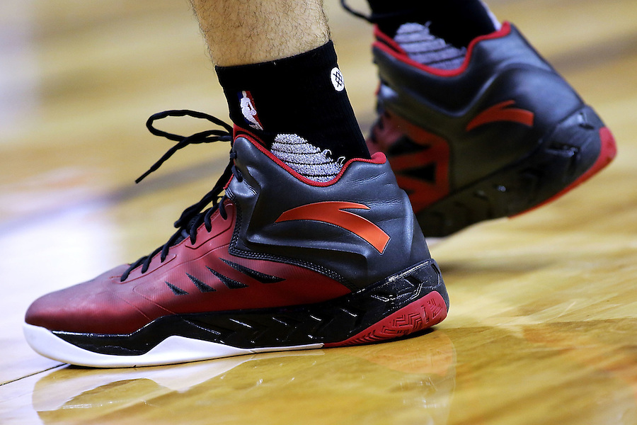 NEW ORLEANS, LA - MARCH 26: Luis Scola #4 of the Toronto Raptors shoes are seen during a game at the Smoothie King Center on March 26, 2016 in New Orleans, Louisiana. NOTE TO USER: User expressly acknowledges and agrees that, by downloading and or using this photograph, User is consenting to the terms and conditions of the Getty Images License Agreement.  (Photo by Jonathan Bachman/Getty Images)