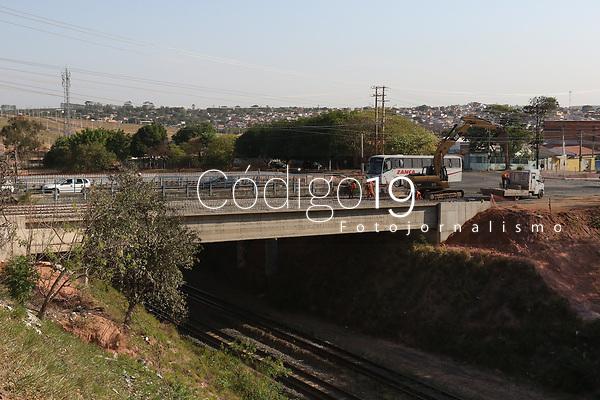Campinas (SP), 23/09/2021 - BRT-SP - Viaduto sobre linha ferrea na avenida Camucim em Campinas em obras nesta quinta-feira (23).