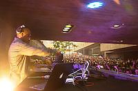 SÃO PAULO-SP-30.11.2014-FESTIVAL SP RAP -DJ KL JAY durante a primeira edição do festival gratuito SP RAP, realizado pela Praça das Artes e produzido pela Boia Fria Produções.Região central da cidade de São Paulo na tarde desse domingo,30.(Foto:Kevin David/Brazil Photo Press