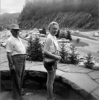 Portraits de famille quebecoise en voyage  vers 1950 (date exacte inconnue)