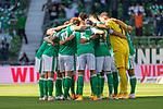 19.09.2020, wohninvest Weserstadion, Bremen, GER,  SV Werder Bremen vs Hertha BSC Berlin, <br /> <br /> <br />  im Bild<br /> <br /> Werder Bremen Mannschaftskreis<br /> <br /> Jiri Pavlenka (Werder Bremen #01)<br /> Yuya Osako (Werder Bremen #08)<br /> Maximilian Eggestein (Werder Bremen #35)<br /> Ludwig Augustinsson (Werder Bremen #05)<br /> Theodor Gebre Selassie (Werder Bremen #23)<br /> Joshua Sargent (Werder Bremen #19)<br /> Tahith Chong (Werder Bremen #22)<br /> Niklas Moisander (Werder Bremen #18 Kapitaen)<br /> Marco Friedl (Werder Bremen #32)<br /> Davy Klaassen (Werder Bremen #30)<br /> Davie Selke  (SV Werder Bremen #09)<br /> <br /> <br /> <br /> <br /> <br /> <br /> <br /> Foto © nordphoto / Kokenge<br /> <br /> DFL regulations prohibit any use of photographs as image sequences and/or quasi-video.