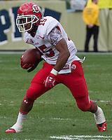 Utah running back John White IV (15). The Utah Utes defeated the Pitt Panthers 26-14 at Heinz Field, Pittsburgh, Pennsylvania on October 15, 2011.