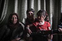 SYRIA: WOMEN IN THE CIVIL WAR (2013)