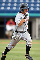 October 5, 2009:  Second Baseman Chris Sedon of the Detroit Tigers organization during an Instructional League game at Space Coast Stadium in Viera, FL.  Sedon was selected in the 10th round of the 2009 MLB Draft.  Photo by:  Mike Janes/Four Seam Images