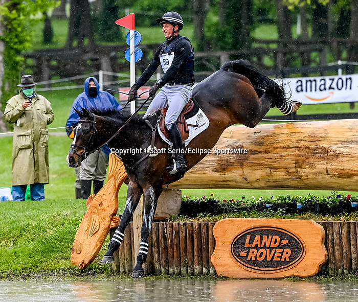 April 24, 2021: Tim Price competes in the Cross Country phase of the Land Rover 5* 3-Day Event aboard Xavier Faer at the Kentucky Horse Park in Lexington, Kentucky. Scott Serio/Eclipse Sportswire/CSM