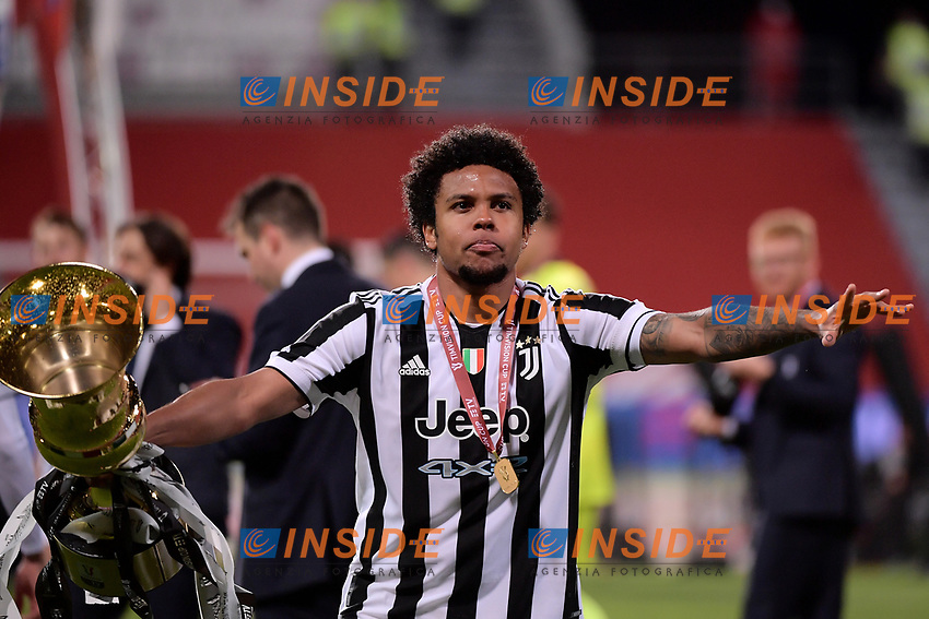 Weston McKennie of Juventus FC celebrates with the trophy  the victory of the Italy Cup final football match between Atalanta BC and Juventus FC at Citta del Tricolore stadium in Reggio Emilia (Italy), May 19th 2021. Photo Federico Tardito / Insidefoto
